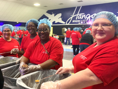 MCCU Feed The Hunger Volunteers 2019